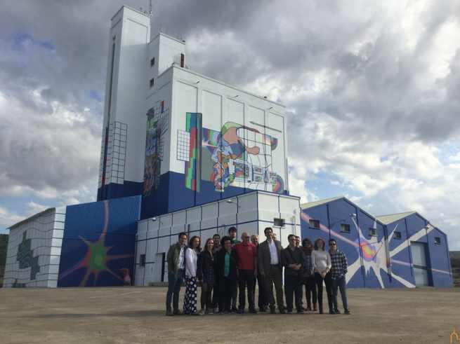 La Diputación de Ciudad Real recupera los silos e implica a personas con capacidades diferentes en un proyecto de arte mural sin precedentes
