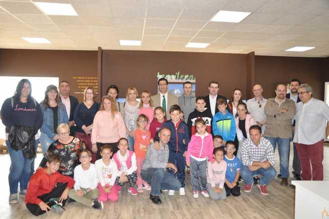 El presidente de la Diputación inaugura el Centro de Interpretación del Paisaje, Fauna y flora autóctona de Terrinches