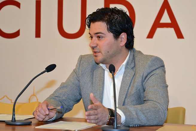 """La Diputación de Ciudad Real destina 45.000 euros al programa """"Caminamos por nuestros senderos y por nuestros pueblos"""""""