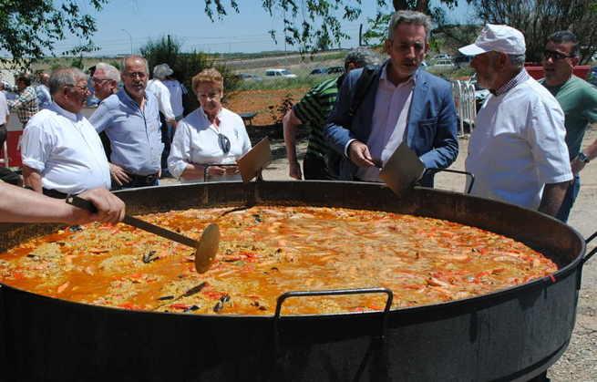 Jesús Martín celebra junto a los agricultores el día de San Isidro Labrador