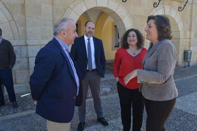 El Gobierno de Castilla-La Mancha se interesa por los nuevos proyectos de dinamización turística y empresarial en la Comarca de La Jara