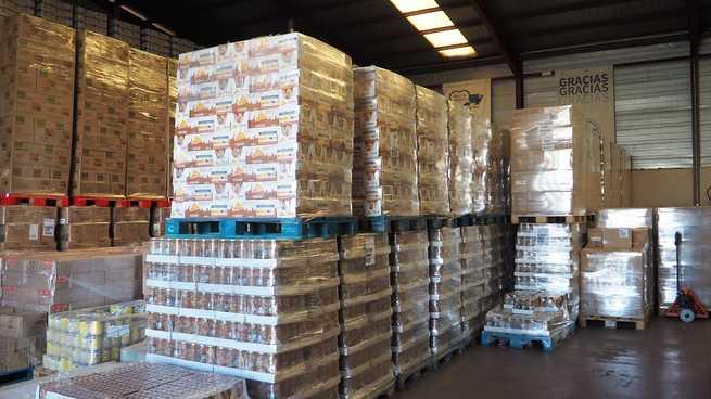 El Banco de Alimentos de Ciudad REal recibe a los inspectores de Hacienda y Agricultura