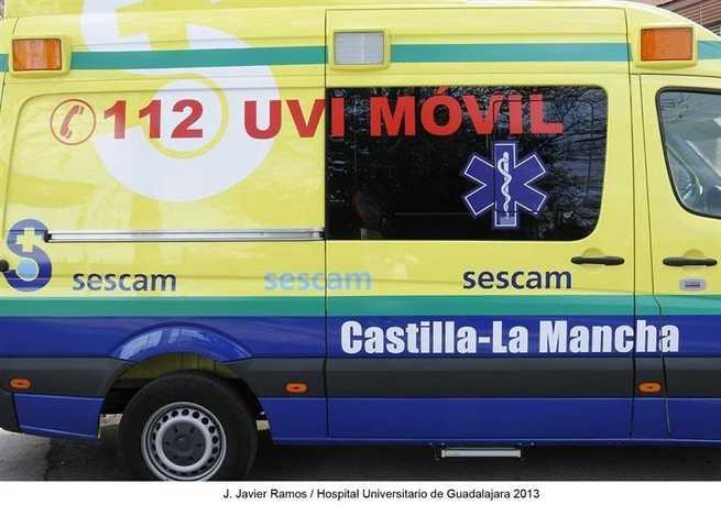 El conductor de un camón resulta herido tras volcar en la CM-211 cerca de Puebla del Salvador (Cuenca)