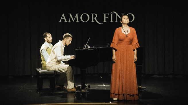 La voz y el piano serán protagonistas del concierto de Amor Fino, este viernes en La Confianza de Valdepeñas