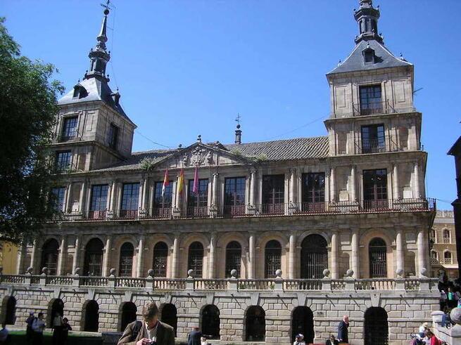 Al Alcaldesa de Toledo lanza un mensaje de ánimo, responsabilidad y unidad a la ciudadanía ante el decreto del estado de alarma