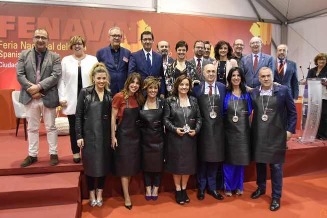 Caballero aprecia en los embajadores y embajadoras 2019 a personas acreditadas que difunden la cultura y las bonanzas del vino