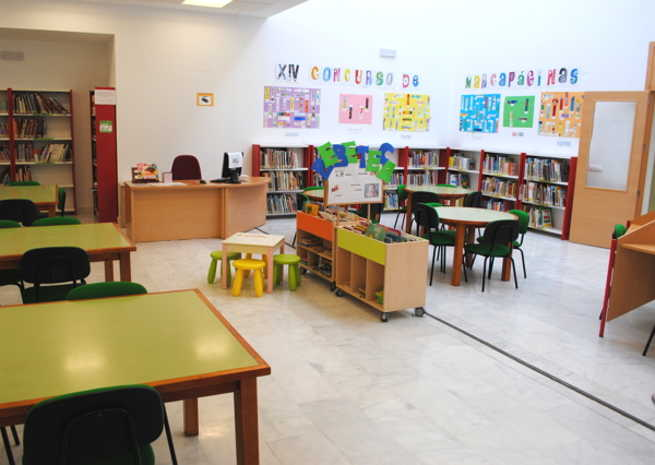 La Biblioteca Pública de Valdepeñas pondrá en marcha en este curso su Taller de Bebeteca