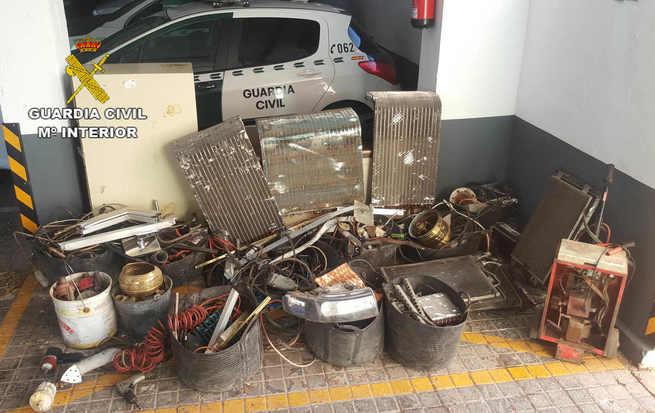 La Guardia Civil detiene a dos personas que robaban en desguaces y polígonos industriales de la zona de Manzanares