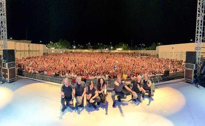 Gran éxito musical en Villarrubia de los Ojos, con cerca de 7.500 personas en los conciertos de Camela y Pastora Soler el fin de semana