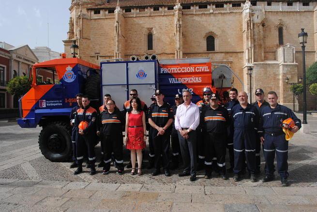 Imagen: Protección Civil Valdepeñas incorpora a su flota un camión contra incendios e inundaciones