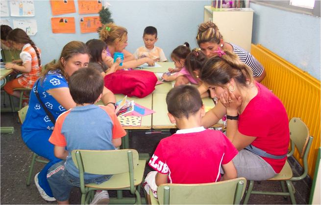 El Gobierno regional facilita a los centros educativos su organización como Comunidad de Aprendizaje para superar el fracaso escolar y mejorar la convivencia