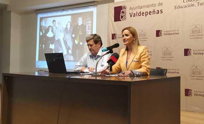 """Bonet, sobre la trayectoria de la Exposición de Artes Plásticas de Valdepeñas: """"Es un milagro"""""""