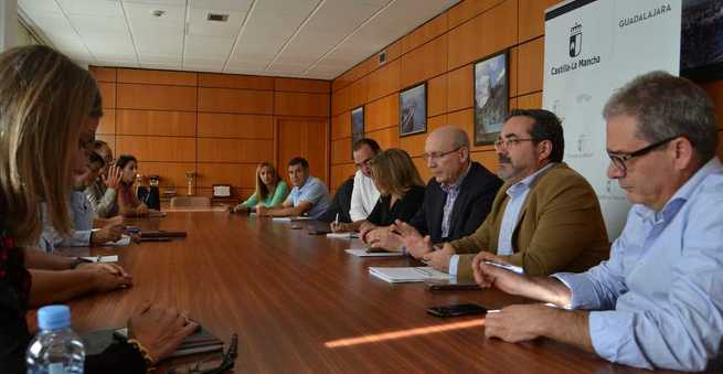 El Gobierno regional inicia en Guadalajara la ronda de contactos con los Grupos de Desarrollo Rural para coordinar la lucha contra la despoblación