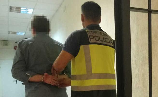 Detenido en Toledo a un atracador por asaltar dos establecimientos de la capital armado con un cuchillo