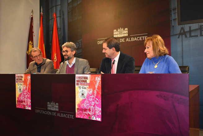 El V Festival Nacional de Folclore 'El Trillo' entona sus primeros compases en la Diputación de Albacete