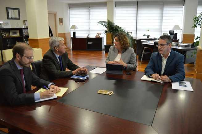 El Gobierno regional impulsará la participación de los trabajadores autónomos en jornadas de comunicación y campañas de divulgación