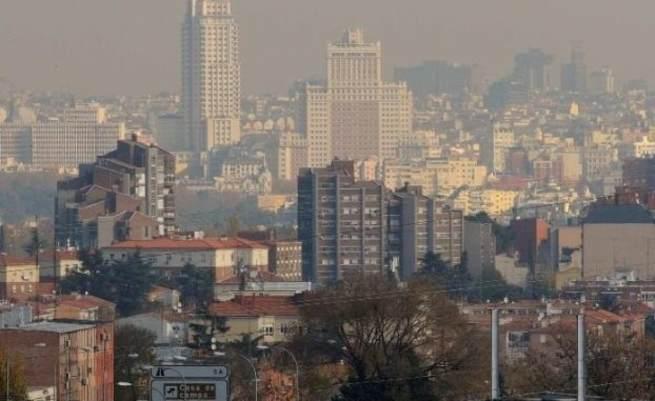 Un juzgado de Madrid dicta la primera sentencia en la que entra al fondo del asunto y anula varias cláusulas abusivas de un contrato hipotecario