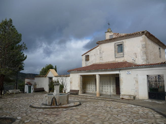 El Consorcio de la Ciudad de Cuenca comienza la rehabilitación de las cubiertas de la Ermita - Cementerio de San Isidro