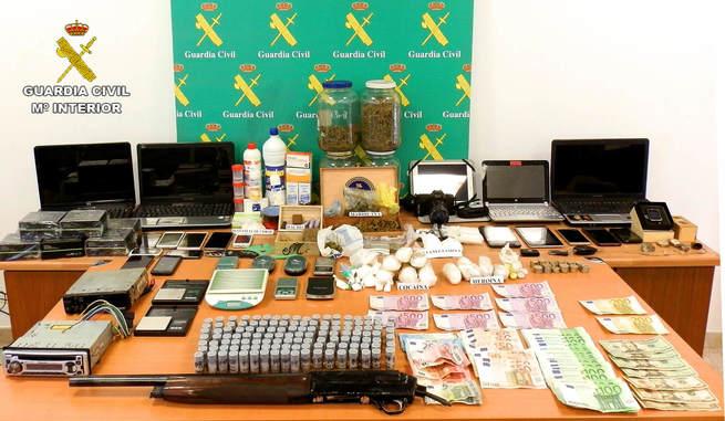 La Guardia Civil de Ciudad Real desarticula una red organizada dedicada al tráfico de drogas