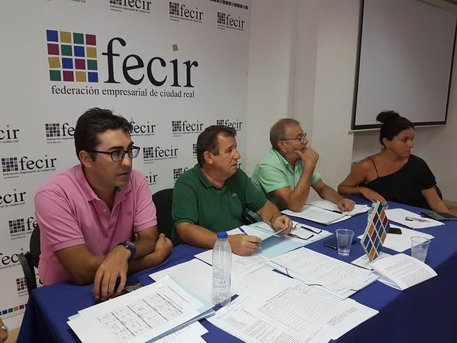 La Asociación de Autoescuelas se reune para analizar la situación que padece el sector en la provincia de Ciudad Real