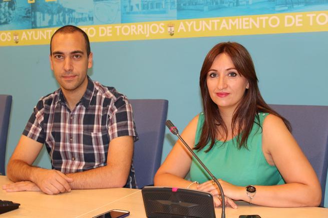 """Ve la luz el nuevo programa municipal """"Cigüeña"""", con ayudas al nacimiento o adopción, y estimulación al comercio local de Torrijos"""
