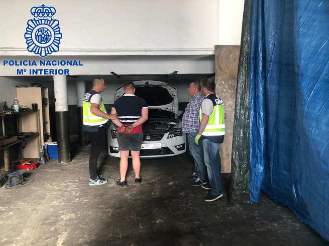 La Policía Nacional desmantela en Madrid un clan familiar dedicado al robo y despiece de vehículos