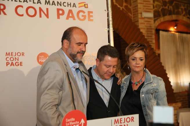 """García-Page: """"Hoy España no deja de ser más grande pero deja de tener a alguien como Rubalcaba que ha hecho mucho por este país"""""""