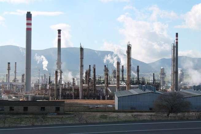 Ecologistas pide la paralización preventiva del complejo petroquímico de Puertollano en casos de contaminación por ozono