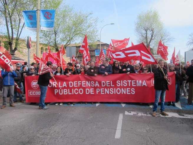 Miles de pensionistas reivindican en C-LM un cambio de sistema y no descartan más intensidad en sus movilizaciones