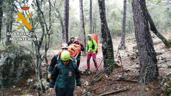 La Guardia Civil auxilia a 35 personas, 34 por hipotermia, en una prueba de montaña en la Sierra del Segura