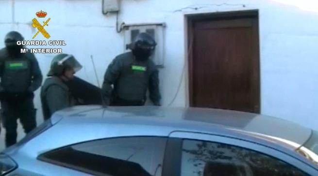 La Guardia Civil desmantela un grupo criminal especializado en robos en viviendas y establecimientos públicos