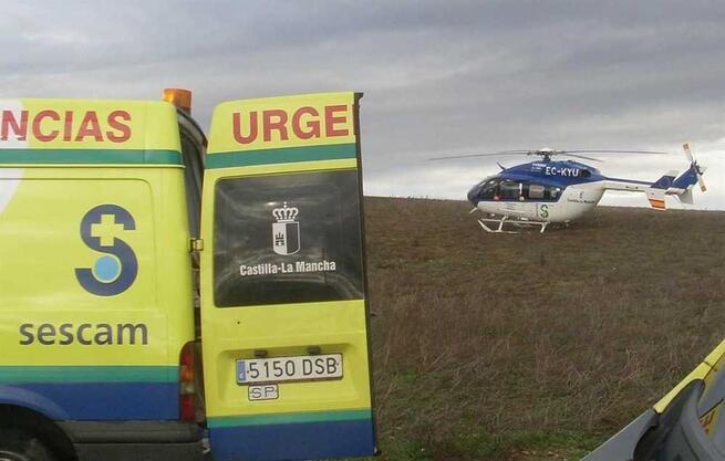 Un trabajador herido tras quedar atrapado en el molino de una cosechadora en Munera (Albacete)