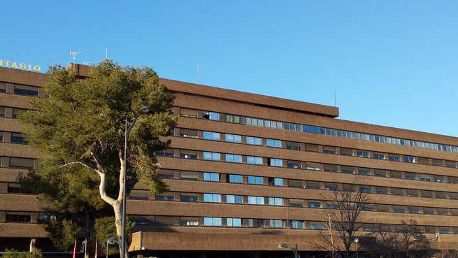 Dos personas trasladadas al hospital de Albacete por quemaduras tras un incendio en su vivienda de Fuentealbilla