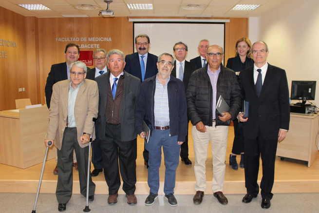 El Gobierno regional agradece a los profesionales sanitarios su implicación como docentes en la Facultad de Medicina de Albacete