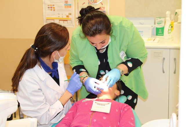 La EFA el Gamonal celebra en Alcázar el Día Mundial de la Salud Oral