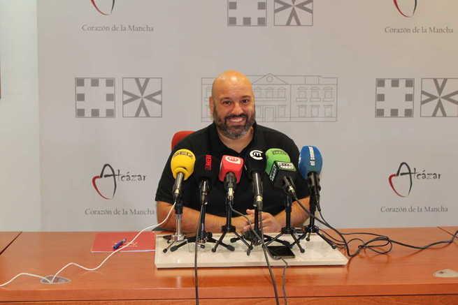 El concejal presenta a los finalistas que serán premiados en la Gala del Deporte de Alcázar