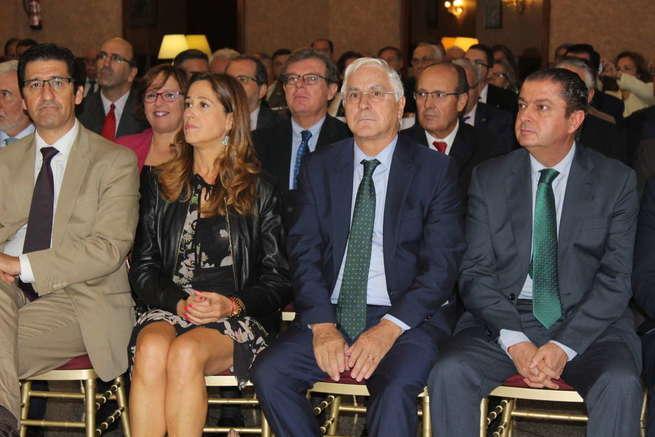 Barreda transmite al nuevo subdelegado de Defensa los mejores deseos en nombre del PSOE de la provincia de Ciudad Real