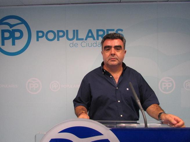 El alcalde de Mestanza denuncia el cierre del colegio de El Hoyo por parte del Gobierno de Page
