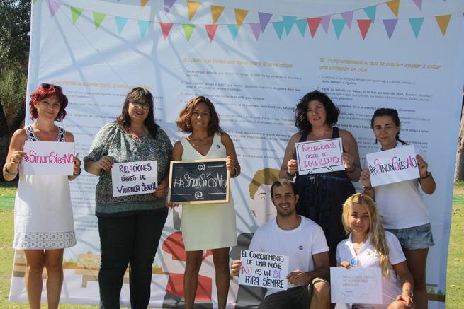 """Más de 200 jóvenes de Illescas participan en la campaña """"Sin un sí, es no"""""""