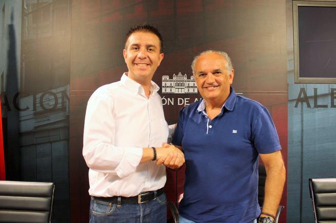 """Acuerdo Diputación-FAVA para """"exportar"""" el modelo de participación vecinal a la provincia"""