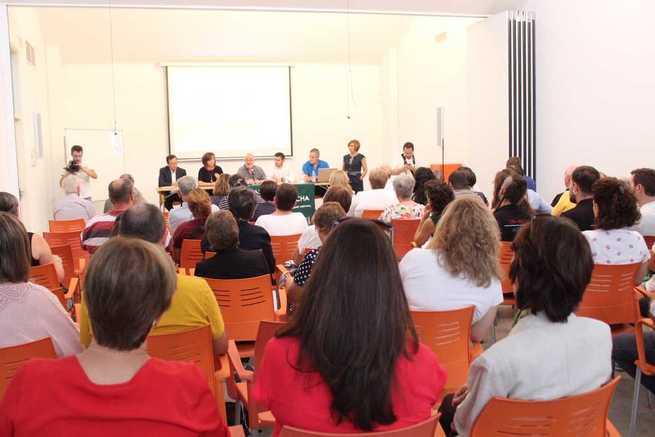 Mesa redonda en Alcáxar sobre prevención del suicidio