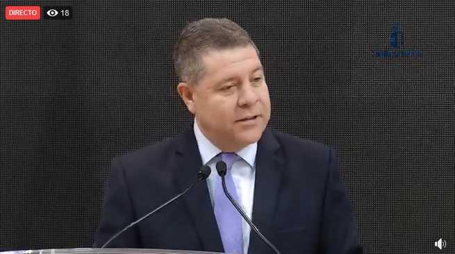 El presidente regional, Emiliano García-Page, inaugura el estand institucional de Castilla-La Manchaen en FITUR