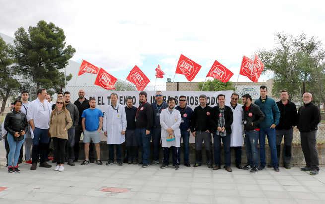 UGT protesta por el cierre de Indra en Toledo y el bloqueo unilateral del convenio