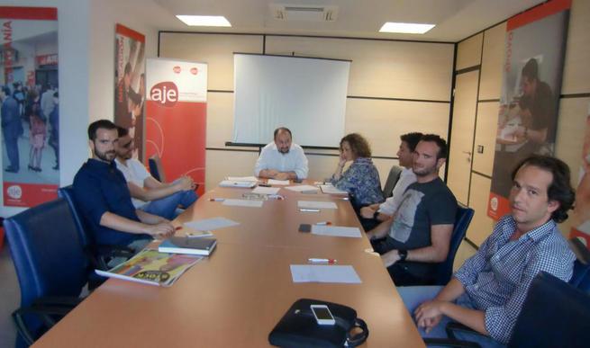 Reunión de la junta directiva de AJE Ciudad Real que ha convocado los premios