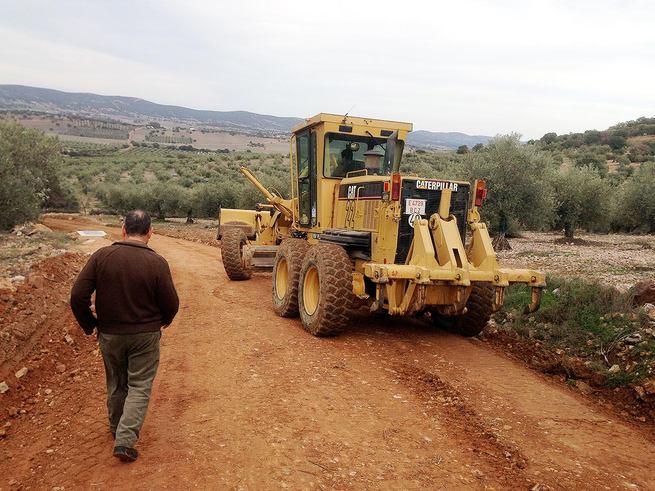 Junta de Comunidades y Ayuntamiento financian la nueva conducción entre el depósito de agua y la red urbana de distribución a los domicilios