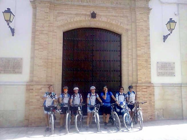 El Ayuntamiento de Almodóvar apoya la reedición de la travesía del Club BTT 'Valle de Alcudia' hasta Montilla
