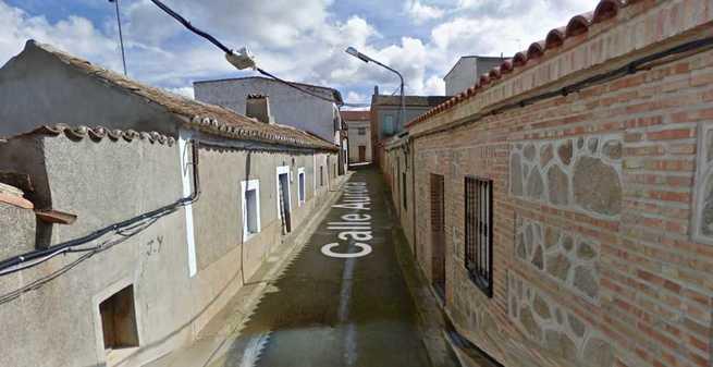Dos personas afectadas por inhalación de humo tras un incendio en su vivienda de Los Navalucillos (Toledo)