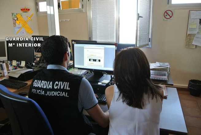 La Guardia Civil alerta a los ciudadanos sobre el aumento de los delitos de estafa por internet