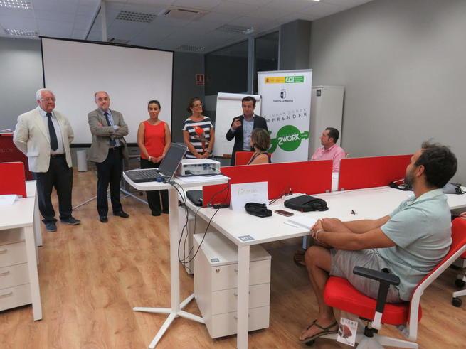 Imagen: El Gobierno de Castilla-La Mancha subraya su compromiso con la creación de empleo y el impulso de nuevos proyectos empresariales