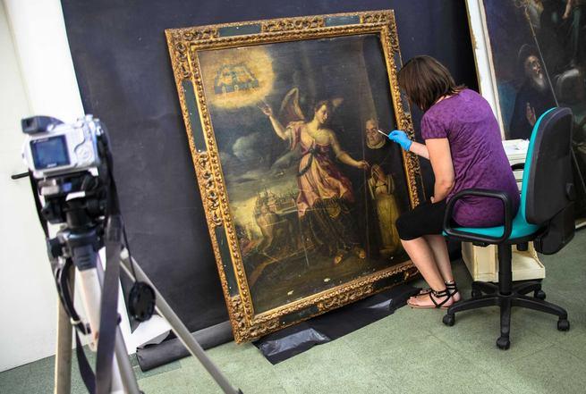 """Comienza la restauración de las obras de la exposición """"Cervantes soldado y poeta"""""""